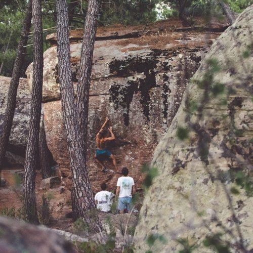 @xxalejandro escalando con los Kokoro en Albarracín