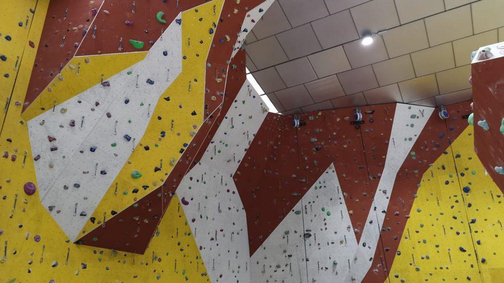 Rocódromo Yurok climbing Center punto de venta de la marca Garra